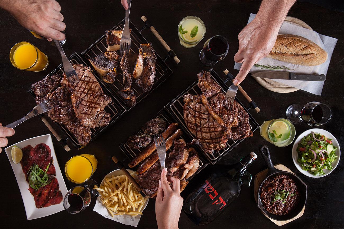 צילום ארוחת בשר